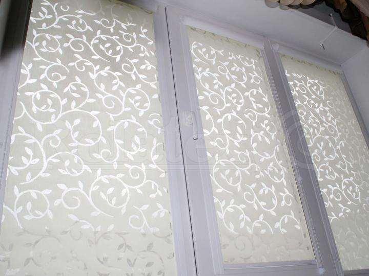Фальш окно на фасаде дома